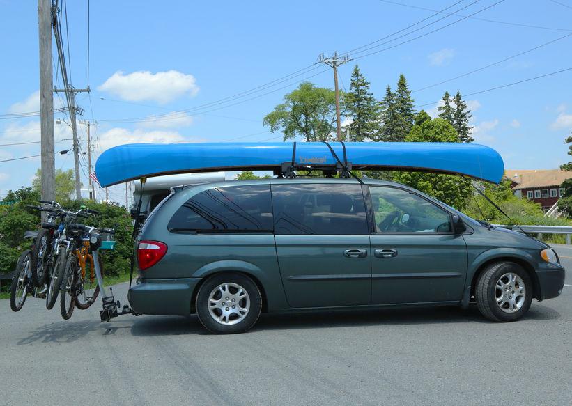 auto con equipamento de camping