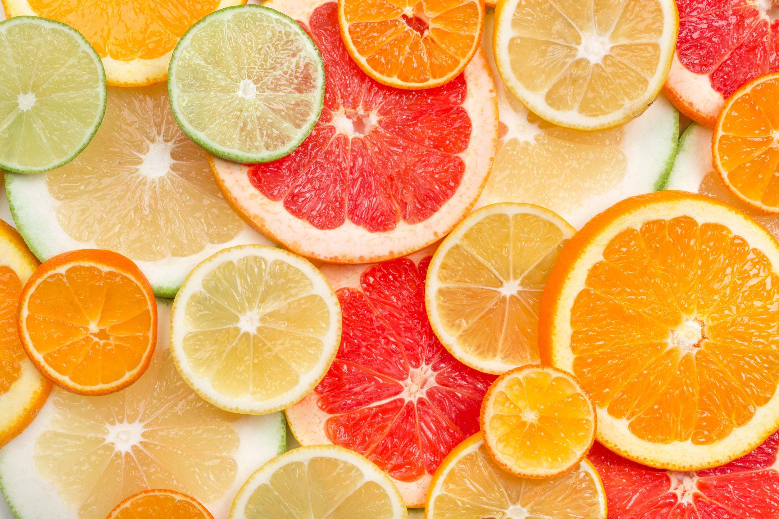 ¿Cuáles son las frutas que contienen vitamina c?