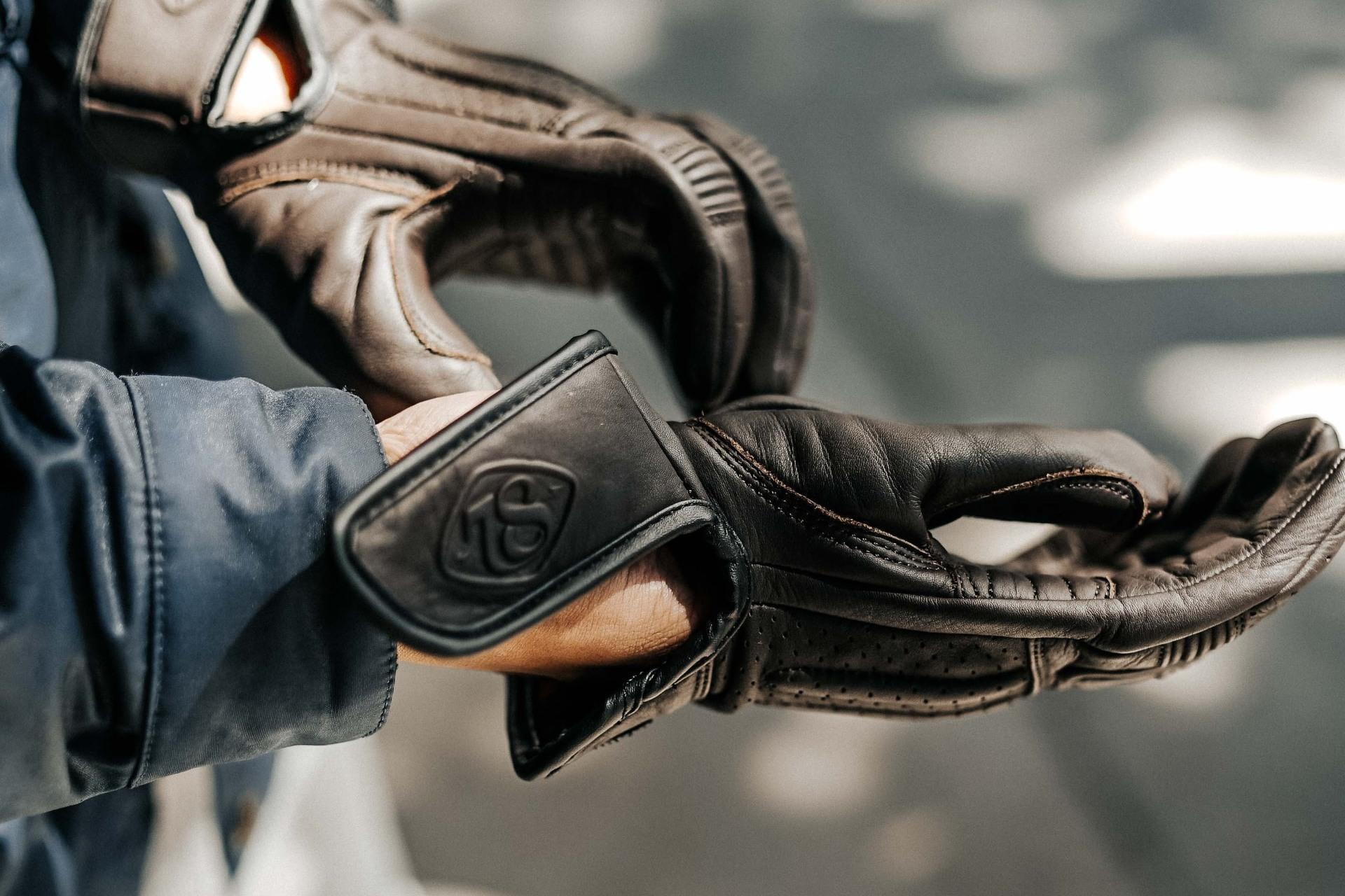 guantes de piel para moto