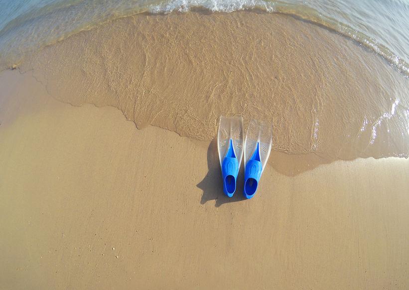 aletas en playa