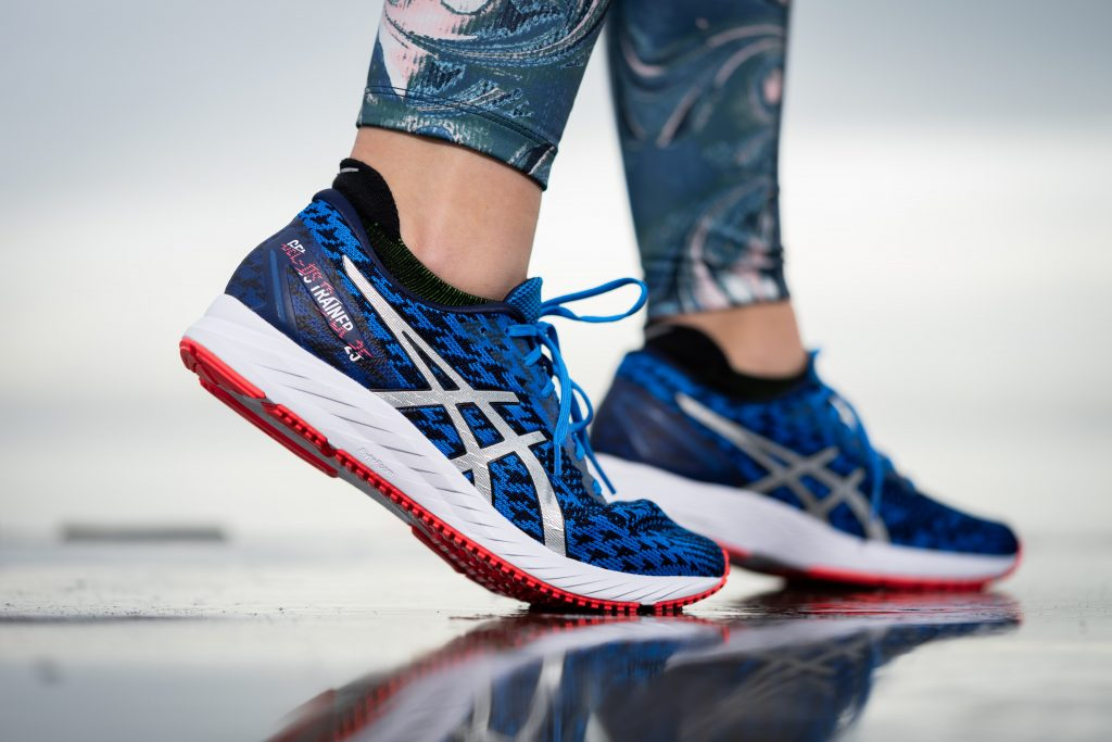 zapatillas azules para paddel