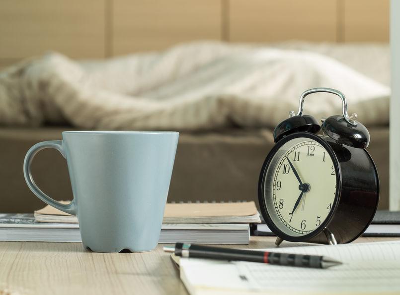 despertador y reloj