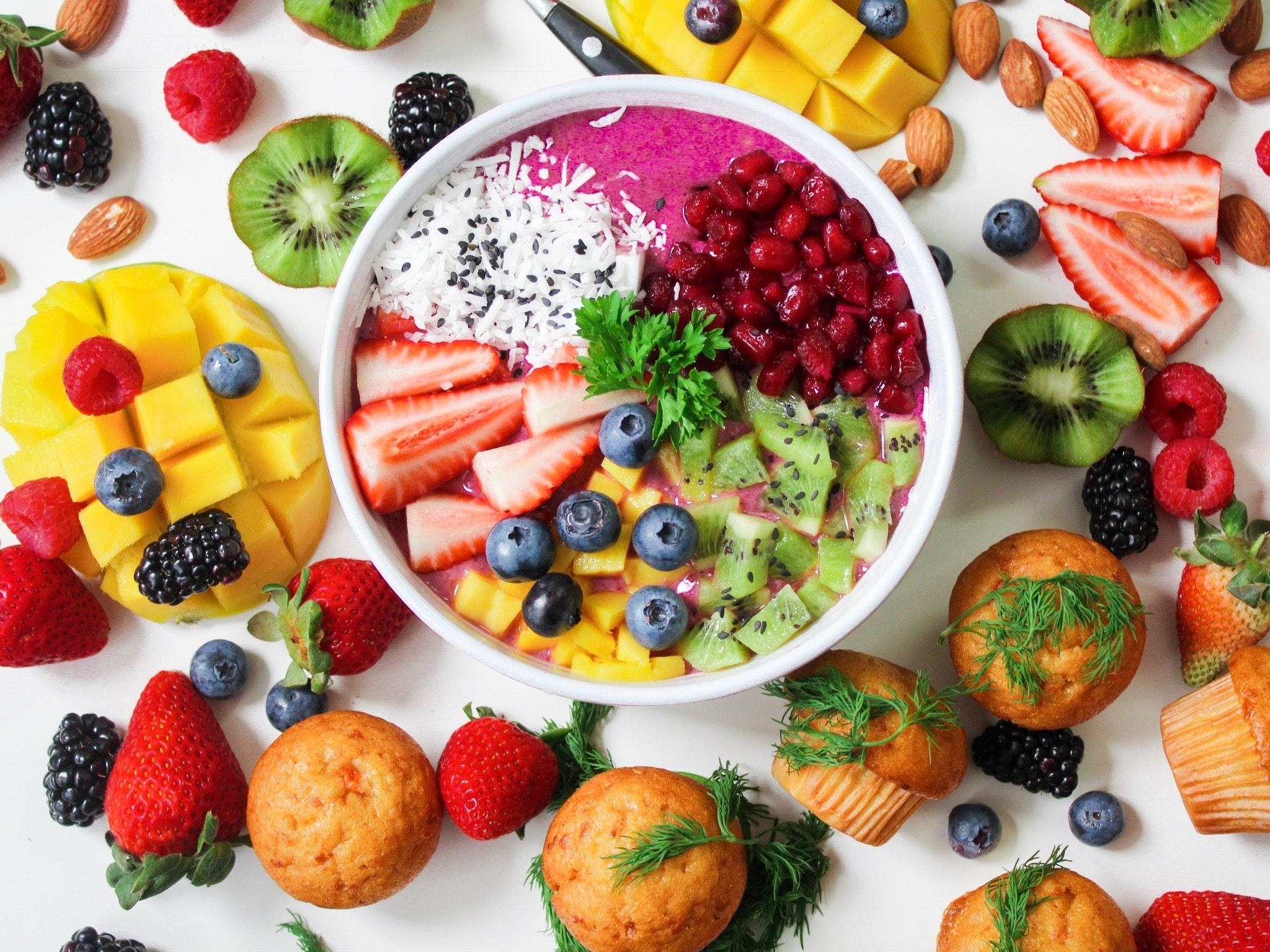 bowl de frutas y verduras
